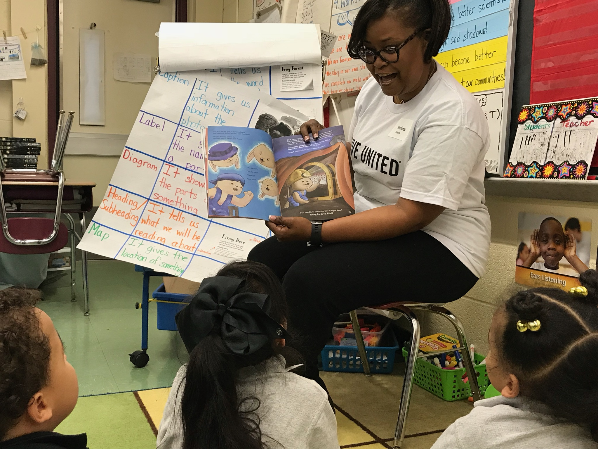 Patrina Dixon reading Sammy's Big Dream to kids